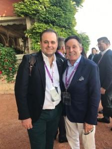 Dr. Pérez de la Romana con Dr. Sforza, pionero en utilizar implantes ergonómicos.