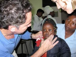 Cirujanos Plástikos Mundi en Kenia kenia1-300x225